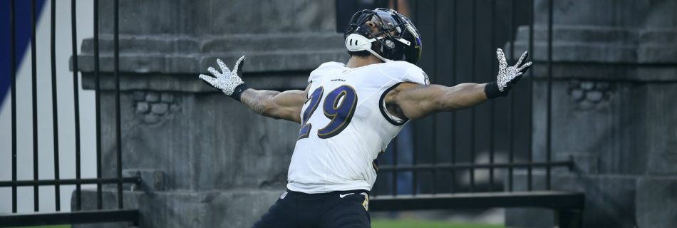 Ravens safety Earl Thomas held at gunpoint by wife after he was caught cheating: report
