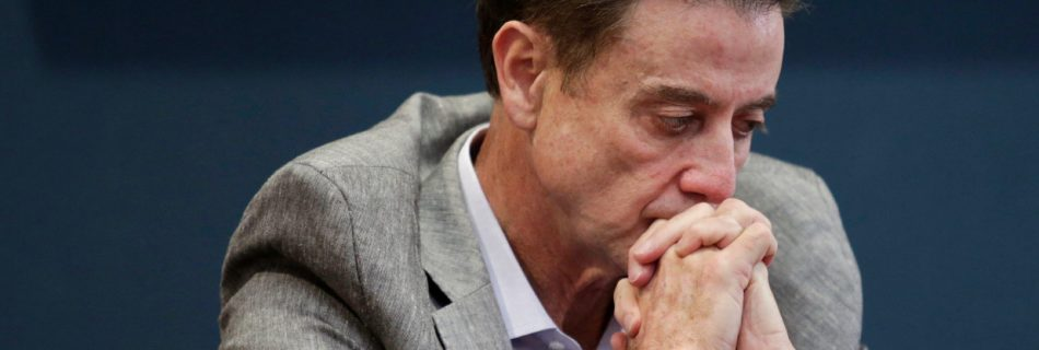 Iona job won't spare Rick Pitino from haunting sneaker-scandal stain